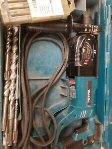 Makita Hr2455 1 Sds plus Rotary Hammer Drill 3 mode W carry Case 13 Bits