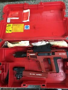 Hilti Dx750 Nail Gun With Hilti Mx75 Other Accessories A zz