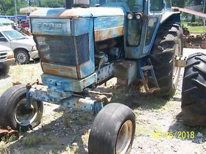 Ford 8700 9700 Tractor Front Axle Spindle Hous Assm Maybe 8000 9000 8600 9600