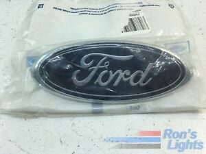 2004 2007 Ford Taurus Front Grille Blue Oval Emblem Oem 4f1z 8a223 aa New