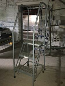 3 Step Rolling Ladders Grey
