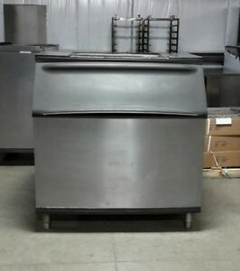 Used Manitowoc B970 710 Lb Ice Bin For Ice Machine
