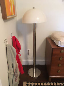 Vintage Mid Century Modern Laurel Lamp Chrome Mushroom Floor Lamp Light