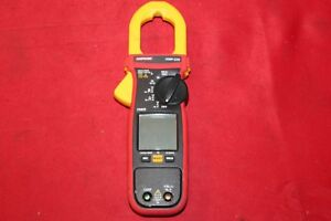 Amprobe Amp 220 Trms Clamp Meter For Electrical Technicians K42