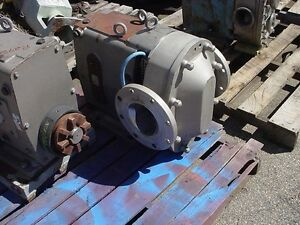 6 Inch Flanged Waukesha Model 320 U2 Stainless Steel Displacement Pump