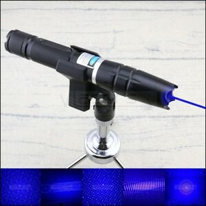 450nm Bo2 a Single Branch Blue Laser Pointer Burning Cigarettes And Balloons