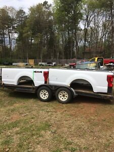 Pair Of 2017 2018 Superduty Beds Complete W Tailgate And Bumper