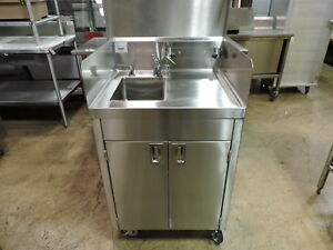 Winholt Stct bhd2436pump Commercial Stainless Steel Mobile Hand Sink