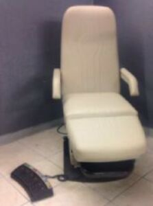 Midmark 417 Podiatry Chair With Foot Control new Upholstery