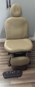 Midmark 630 Procedure Chair With Foot Control And Hand Control