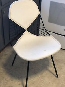 Herman Miller Set Of 2 Bikini Wire Chairs Eames 1950 S