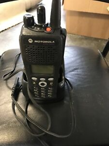 Motorola Xts2500 Model 3 700 800 Mhz Astro P25 bn Model 3 With Charger