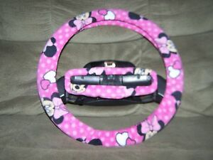 Minnie Mouse On Pink With Pink Dots Fleece Steering Wheel Cover Set