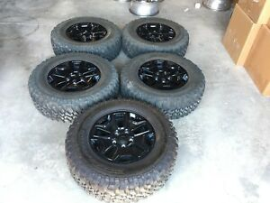 17 Inch Jeep Willy S Rubicon Black Out Edition Wheels Tires 255 75r17 Set Of 5
