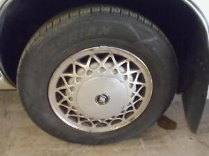 91 92 93 94 95 96 Park Avenue Oem Wheel 15x6 Aluminum W center Cap