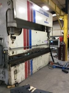 Pacific 175 Ton X Hydraulic Press Brake Flush Floor W 3 Axis Cnc Control