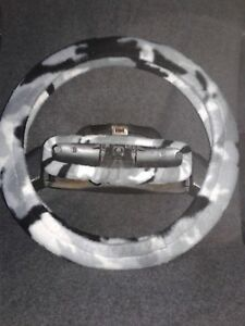 Grey Camo Fleece Steering Wheel And Rear View Mirror Set