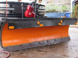 2004yr Western Snowplow Poly 7 5ft 2yr Old Pump Motor Works Great