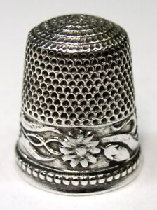 Antique Stern Bros Sterling Silver Thimble Abstract Daisy Monogram L S C 1900s