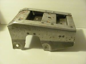 2006 2016 Chevorlet Impala Console Reinforcement Police Car 20928732 Oem Used