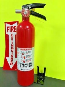 Kidde Pro Series 110 1 a 10 b c Rated 2 5lb Fire Extinguisher rechargeable Nib