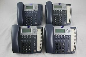 Lot Of 4 At t 984 4 line Small Business System Office Phones
