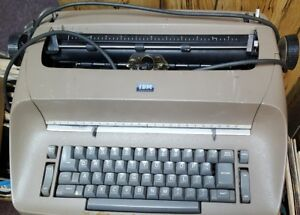 Ibm Electric Electric Typewriter With Gothic Print Font Ball