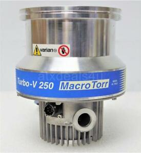 Varian Turbo v 250 Turbomolecular Pump Macrotorr Model 9699007