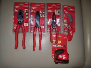Milwaukee 5 Piece Electricians Tool Set
