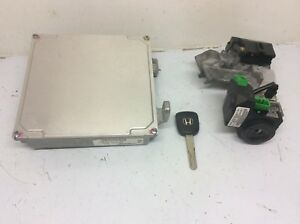 Honda Civic 04 05 1 7 A t 37820 plm a72 Ecu Engine Computer Transponder Key