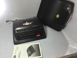 Royal Scrittore Ii Manual Typewriter
