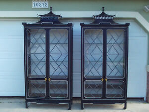 Rare Pair Of Tomlinson Chinoiserie Pagoda Chinese Chippendale Cabinets Navy Blue