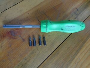Snap on Green Hard Plastic Handle Ratcheting Screwdriver 4 Bits Ssdmr4b