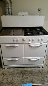 Sold 1940 S Vintage O Keefe And Merritt Gas Stove With Oven Broiler Side G