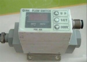 1pc Used Smc Pf2a750 02 27 Pneumatic Flow Switch Tested Ze