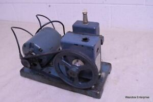 Welch Duo seal Laboratory Vacuum Pump Model R 1400