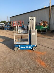 2012 Genie Gr20 Drivable One Man Lift Electric Scissor Boom Jlg Skyjack 20mvl