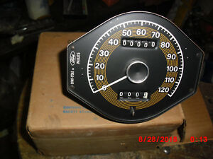 1971 1973 Cougar And Xr7 Nos Speedometer W tripometer d1wy 17255 b