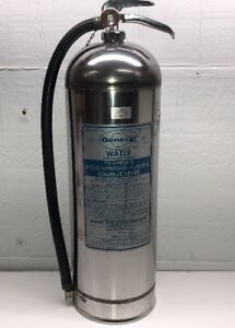 Vintage General 2 1 2 Gallon Water Pressurized Silver Fire Extinguisher Ws 900
