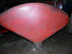 Farmall international 300 Utility Tractor Fender