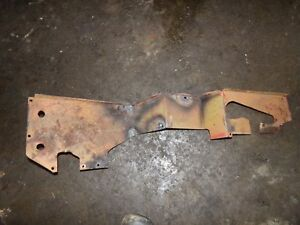 International Farmall Wd6 Diesel Tractor Right Side Fender Brace