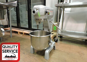 Thunderbird Arm 02 Commercial 20 Qt Dough Mixer With 2 Attachments