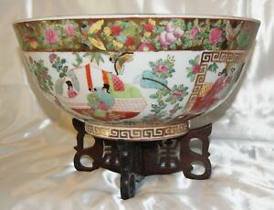 Large Chinese Export Rose Medallion Bowl Wood Stand