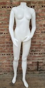 5 Foot Plastic Headless Female Full Size Mannequin W Magnetic Arms No Stand
