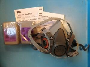 Unused 3m Multi Purpose Half Face Respirator Face Mask Medium W two 7093 Filters