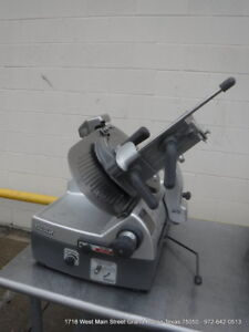 Hobart 2912 Electric Automatic Slicer 12 Blade With Sharpener