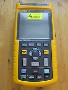 Fluke 124 Scopemeter New Free International Express Shipping