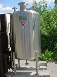 200 Gallon 304 Sanitary Polished Stainless Steel Pressure Tank 25 Psi Full Vac