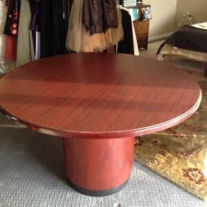 Napoli 48 Round Cherry Conference Table