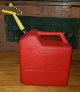 Vintage Chilton Gas Can 6 Gallon Size Vented With Spout P60